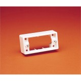 Mounting Block Architrave 32mm CD141WE pk1